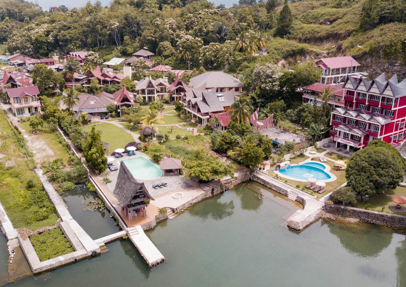 Co warto zobaczyć w Indonezji - jezioro Toba - blog podróżniczy