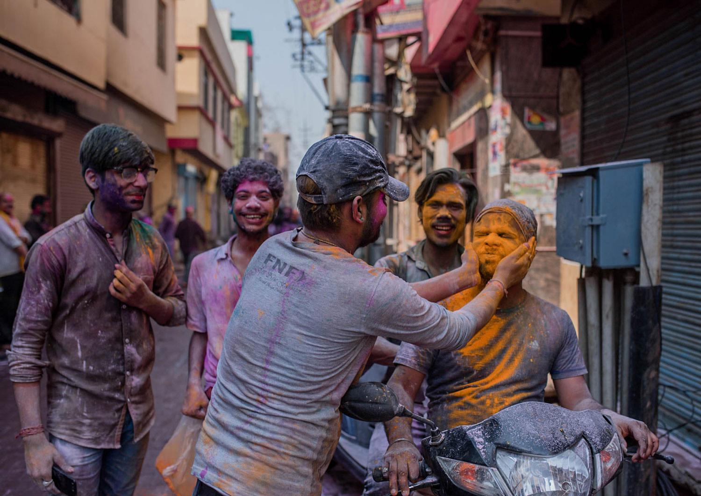 Holi - święto kolorów w Indiach