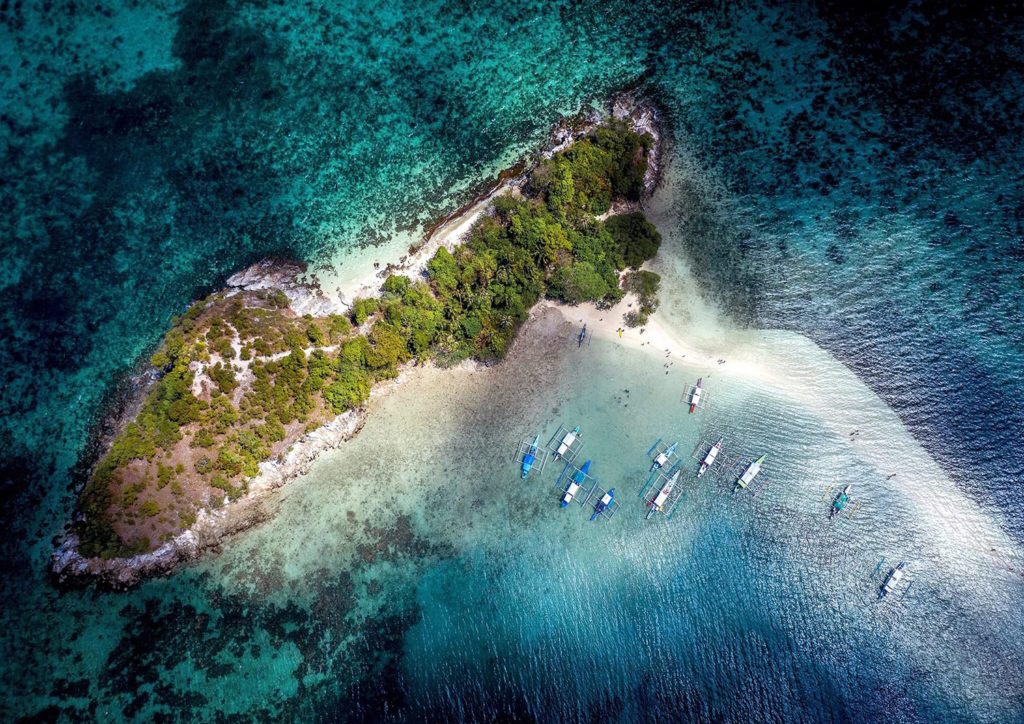 El Nido Filipiny - snake island drone
