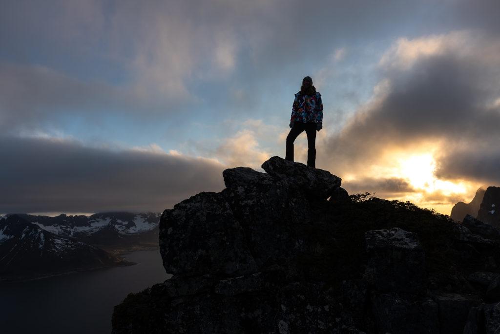 Asia by Matejko na szczycie Hesten. Norwegia