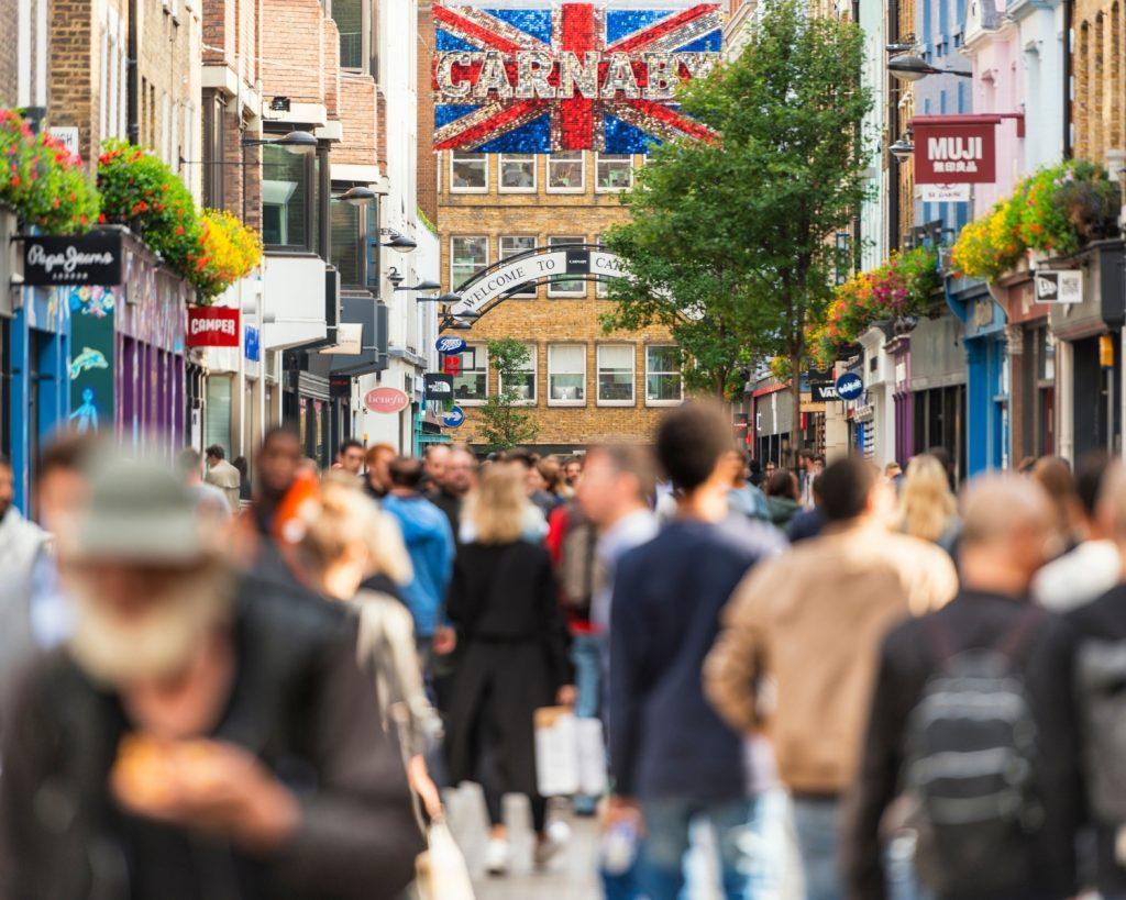 Carnaby Street Londyn - blog podrozniczy Asia by Matejko