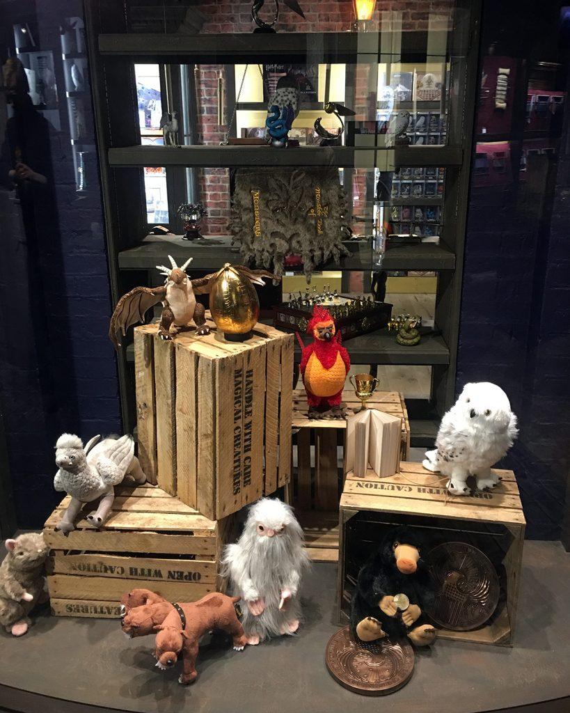 Sklep Harry Potter Londyn - blog podrozniczy Asia by Matejko