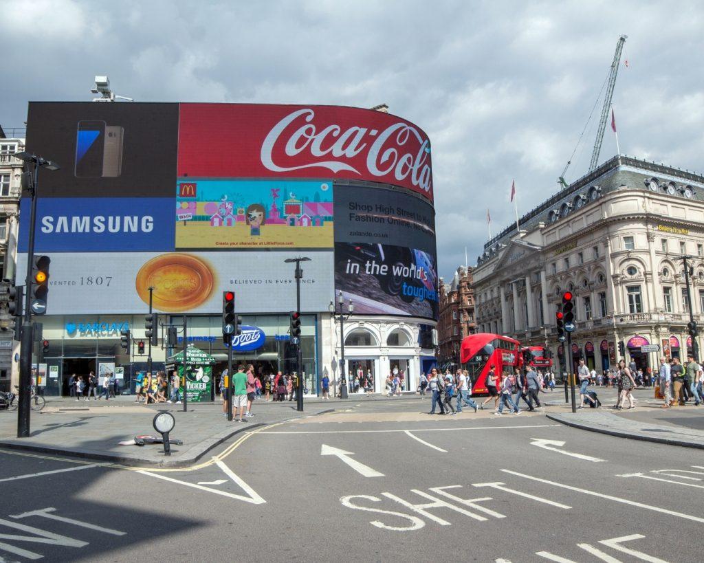 Picccadilly Circus. Londyn blog podróżniczy